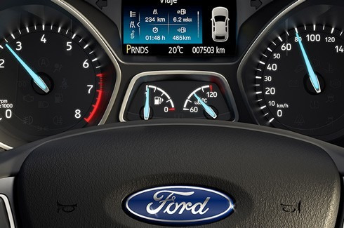 ford focus se 2.0 4 puertas powershift at 0km fb2