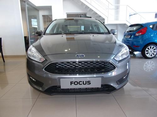 ford focus se 2.0 venta perm.toma de usado financio