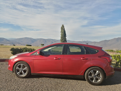 ford focus se at 2012