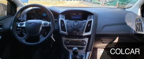 ford focus se manual 5 puertas 2015   165.000 km !!