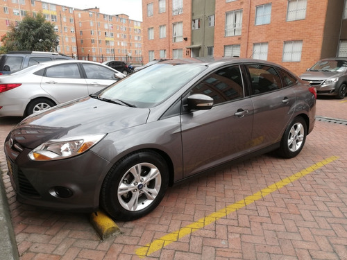 ford focus se mt