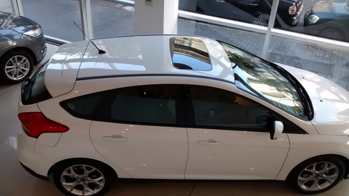 ford focus se plus at 0km 2017 5 puertas