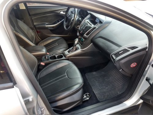 ford focus se plus a/t  2015   40000km  schiavone automotore
