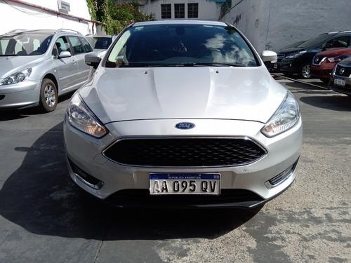 ford focus se plus automatico