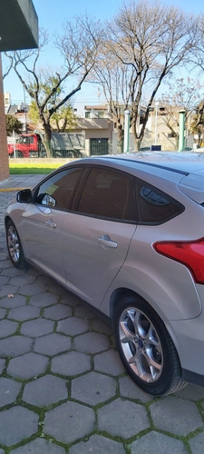 ford focus se plus manual