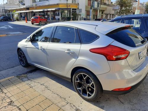ford focus se plus mt 2016 5 puertas