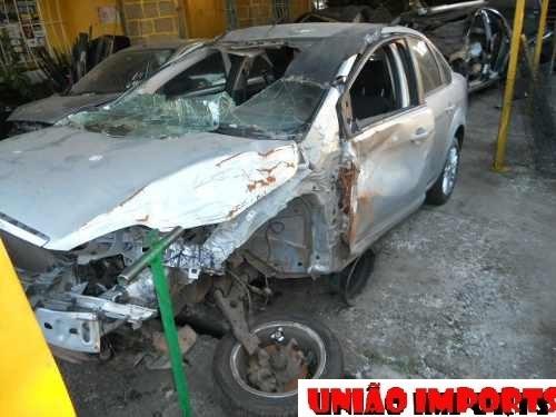 ford focus sedan 1.6 flex 2011 (para reposição de peças)