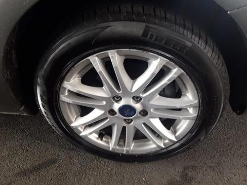 ford focus sedan 2.0 16v(aut.) 4p   2013