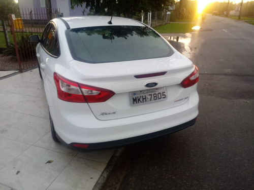ford focus sedan 2.0 flex aut. 4p
