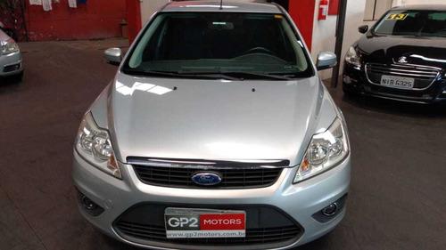 ford focus sedan 2.0 flex automático 2010