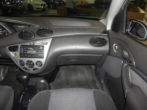 ford focus sedan 2.0 ghia 16v 4p automático completão