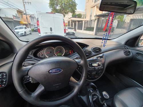 ford focus sedan 2.0 ghia 4p 2008