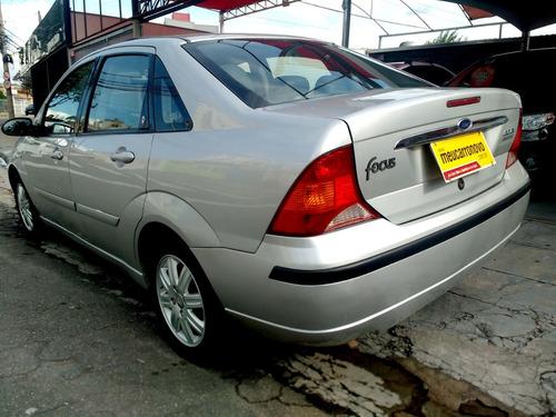 ford focus sedan 2.0 ghia aut. 4p