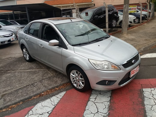 ford focus sedan 2.0 ghia aut. 4p