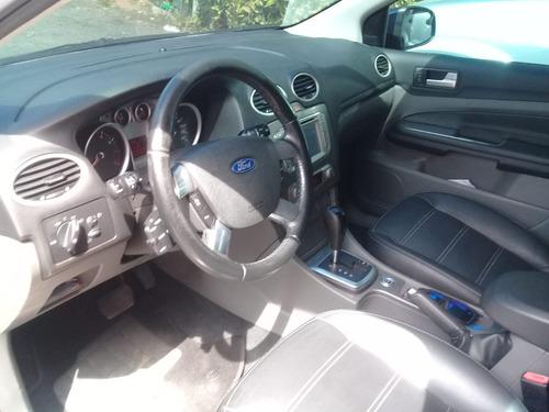 ford focus sedan 2.0 ghia flex aut. 4p