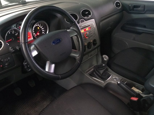 ford focus sedan 2.0 glx 16v flex manual 2013 preta