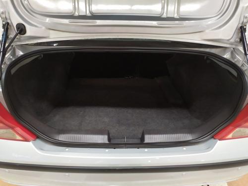 ford focus sedan 2.0 glx aut. 4p