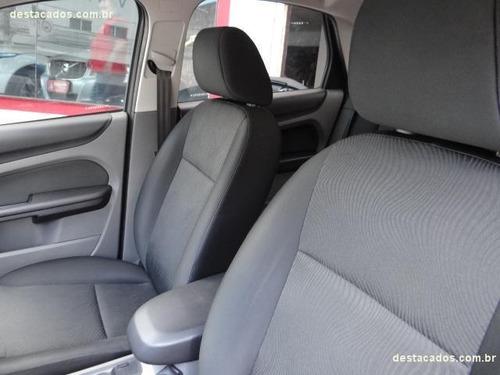 ford focus sedan 2.0 glx flex aut. 2013