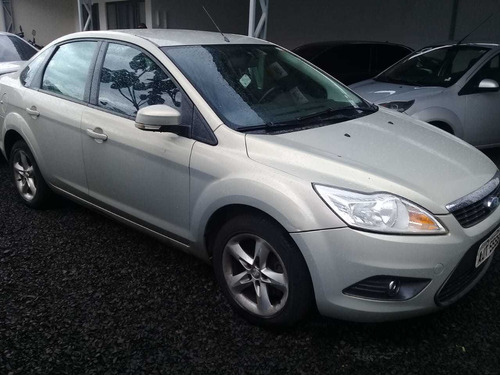 ford focus sedan 2.0 glx flex aut. 4p 2011