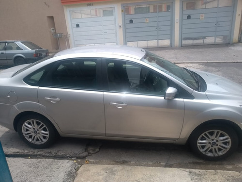 ford focus sedan 2.0 glx flex aut. 4p