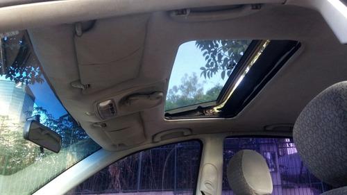 ford focus sedan 2001 2.0 ghia 4p