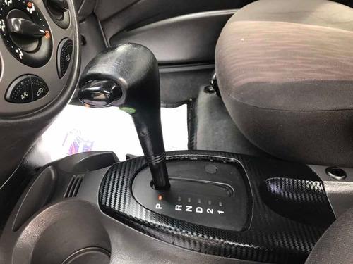 ford focus sedan 2005 2.0 glx aut. 4p 130 hp
