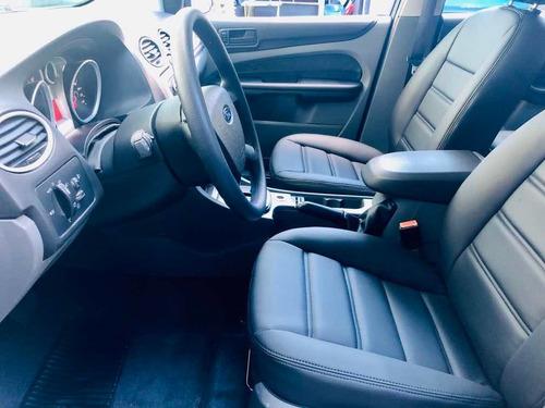 ford focus sedan 2009 2.0 glx aut. 4p