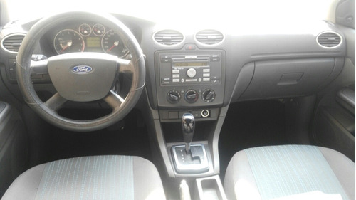 ford focus sedan ambiente at 2007