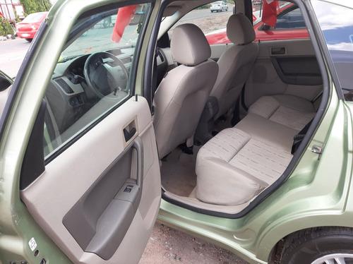 ford focus sedan ambiente at 2008