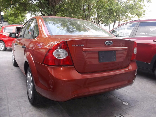 ford focus sedan ambiente at 2009