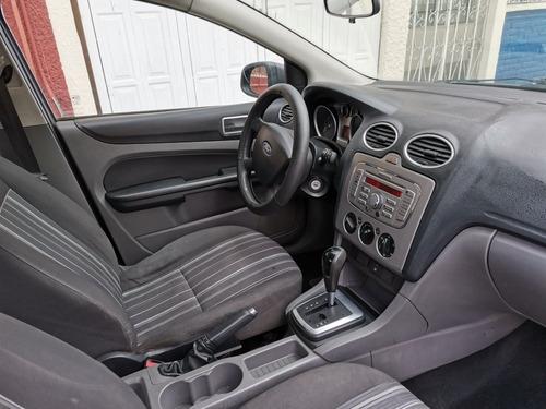 ford focus sedan ambiente at 2009