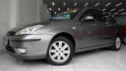 ford focus sedan ghia 2.0 automático 2007 cinza único dono
