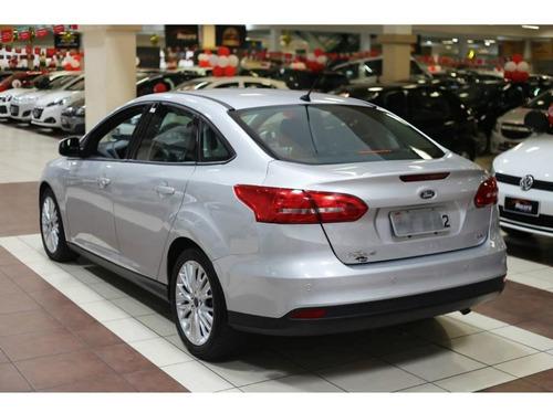 ford focus sedan se 2.0 automático completo