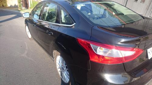 ford focus sedan sel plus impecable