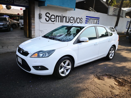 ford focus sedan sport at 2011
