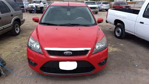 ford focus sedan sport at 2011
