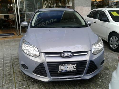 ford focus sedan std tela version s modelo 2014