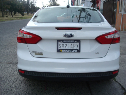 ford focus sel at,dos dueños,55,000km,impecable,creditos