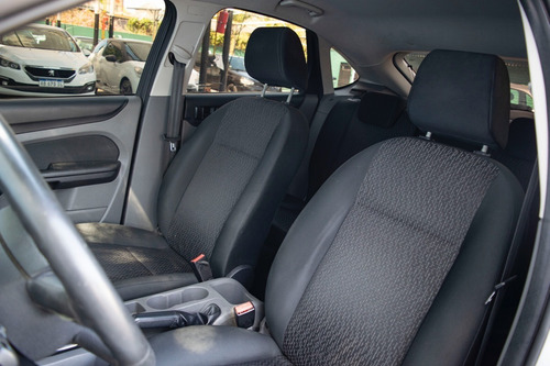 ford focus style 1.6l nafta griff cars