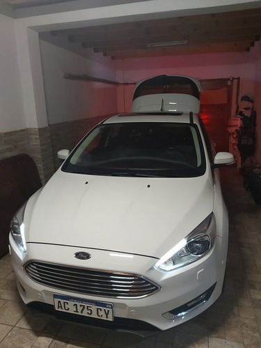 ford focus titanium 1507 test no ofertar