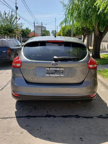 ford focus titanium 2.0 automatico at6 excelente estado