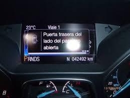 ford focus titanium 2.0 sedan 4 puertas- gp3