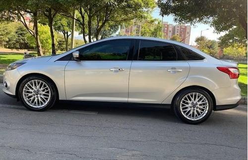 ford focus titanium 2013 aut