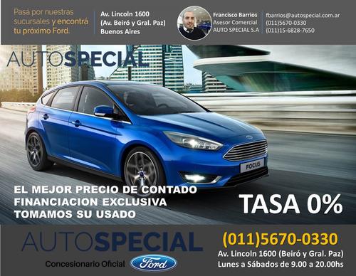 ford focus titanium 4 puertas caja manual fb2