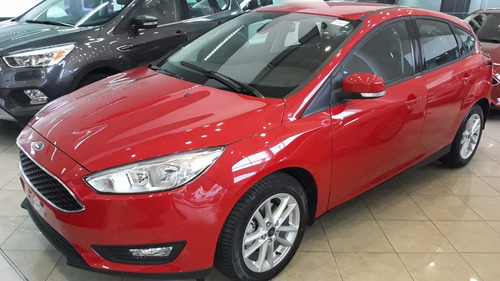ford focus titanium 5 ptas at. tomo usado/financio | 2