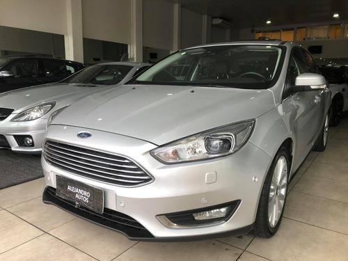 ford focus titanium at sedan 2017