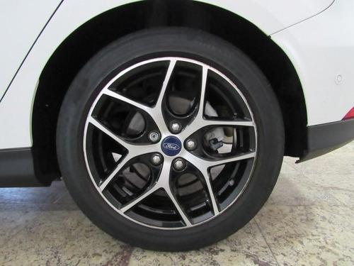 ford focus titanium plus 2.0 16v flex, pao6989