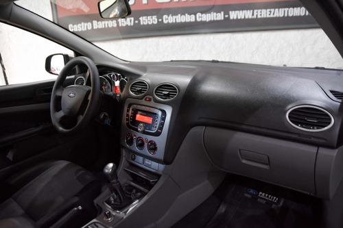 ford focus trend 2.0l gnc 2009 5 puertas excelente estado!!