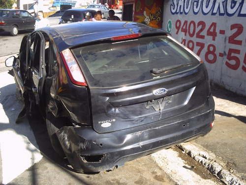 ford focus vendido em partes capo paralama alma parachoque