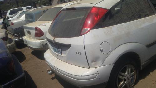 ford focus xz3 2002 para partes piezas refaccioenes
